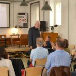Sepp Eisenriegler bei seinem Vortrag auf der Bundeskonferenz der Grünen Wirtschaft - Foto:  Harald Kienzl