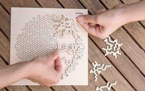 Holzpuzzle (© waelderspielzeug)